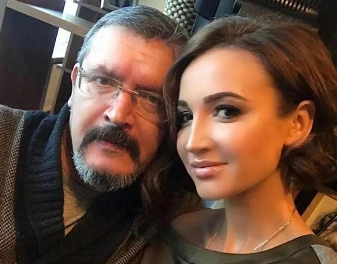 Отец Ольги Бузовой опубликовал голое фото дочери