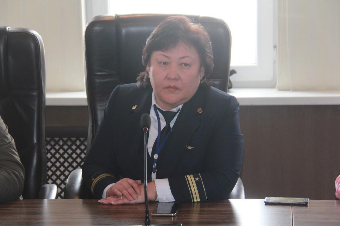 "Начальник вокзала ""Алматы-2"" Айжамал Жаксылыкова"