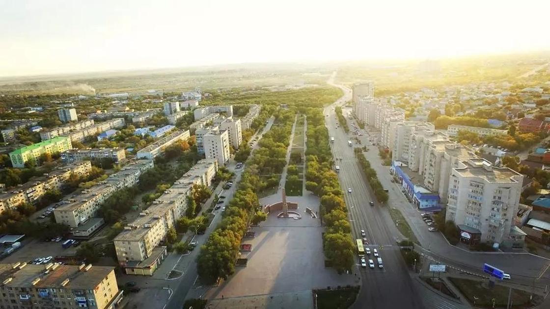 Депутаты приняли решение разделить Актобе на районы Алматы и Астана