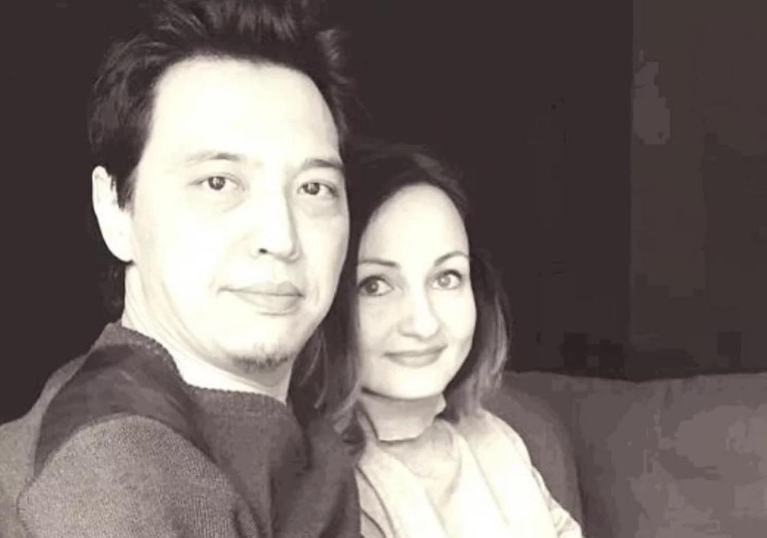 Айдос Сагат с супругой. Фото: Instagram