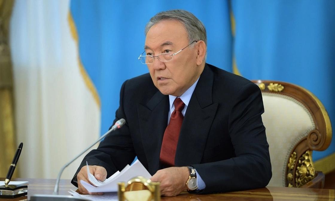 Назарбаев выразил соболезнования Путину