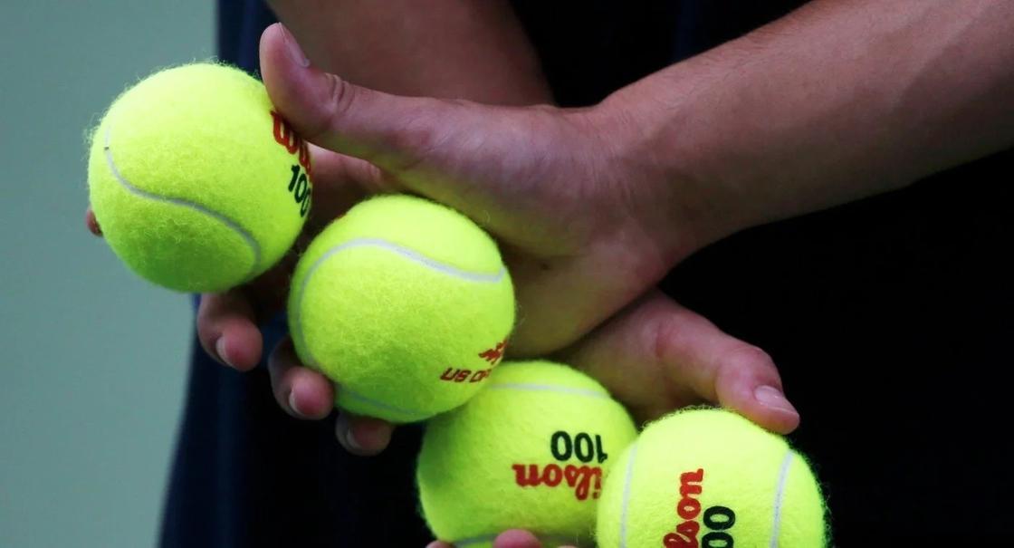 Цвет теннисных мячиков расколол Интернет пополам