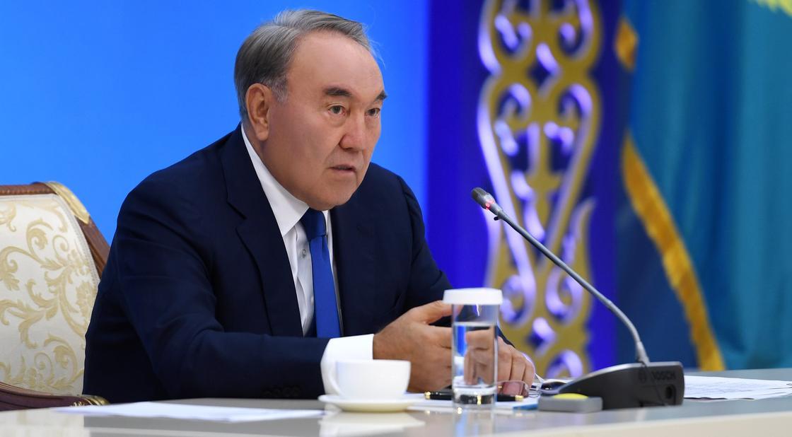 Назарбаев: Сегодня все есть в Казахстане, только деньги нужны