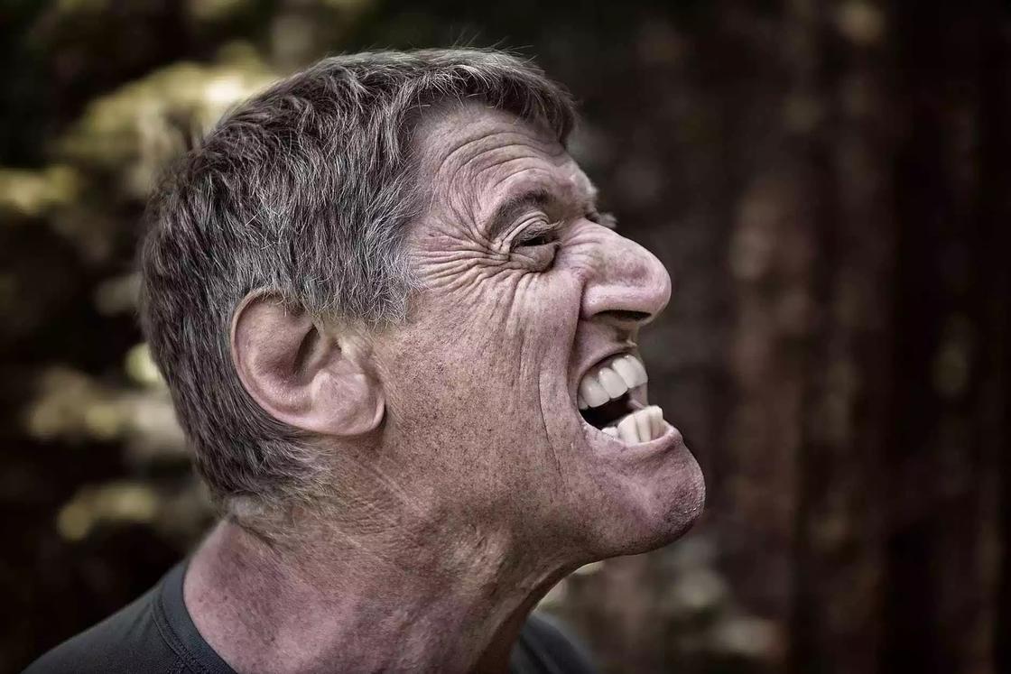 Химия здоровой улыбки: как сохранить все зубы на месте