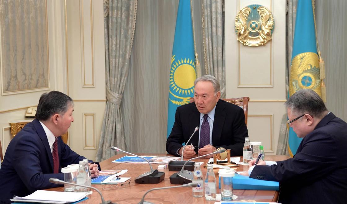 Назарбаев: Не обучив детей английскому, мы не сможем готовить полноценные кадры