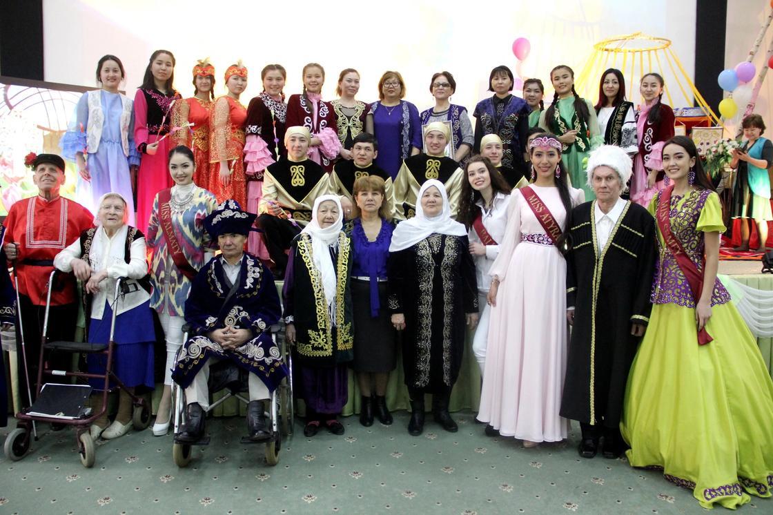 "Как финалистки ""Мисс Казахстан"" отметили Наурыз (фото)"