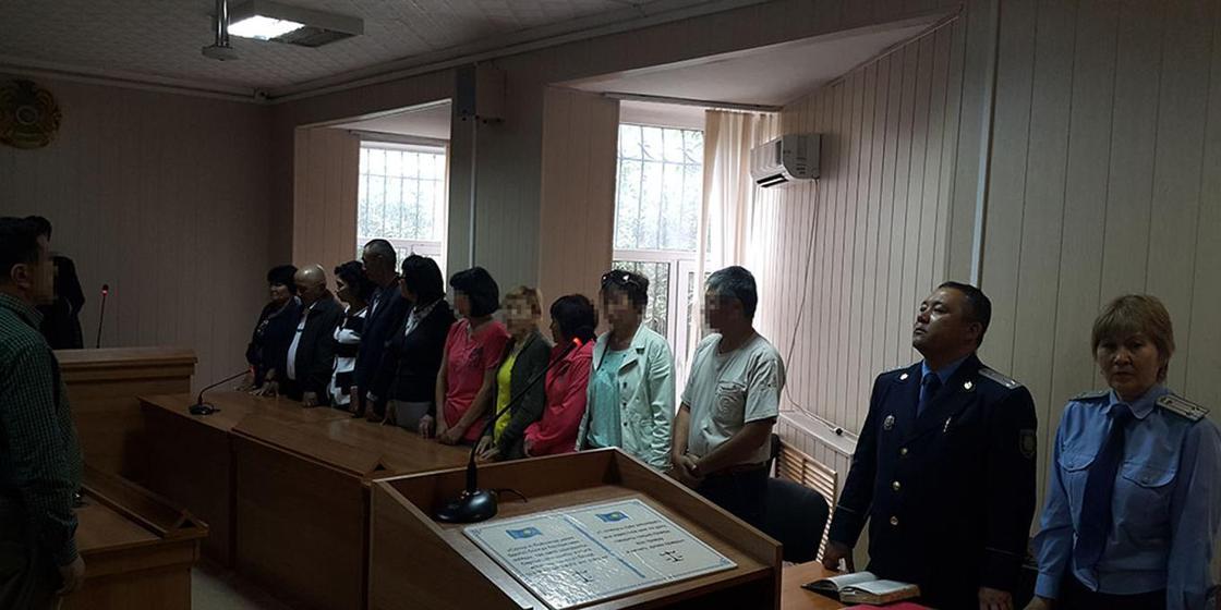 Покойники оказались в списке присяжных в Караганде
