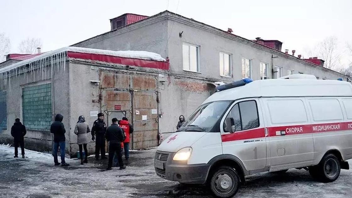 Осмотрели туалеты, подвалы: Кемеровчане проверили реальное число тел в моргах
