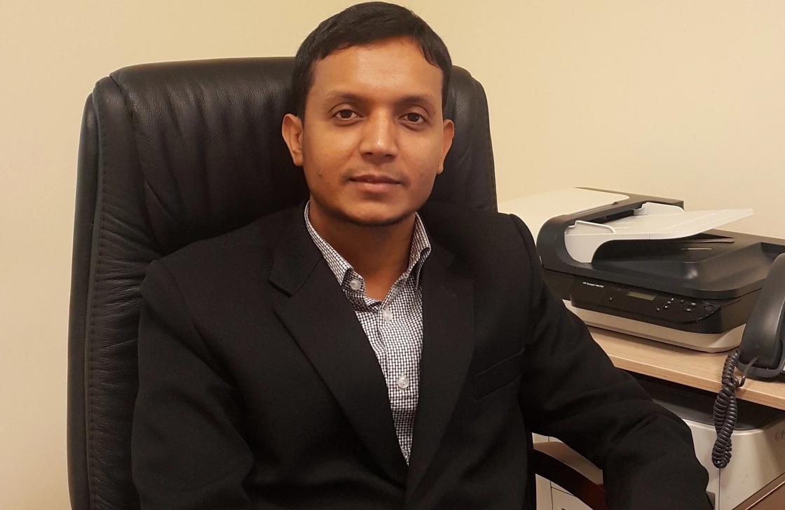 Қазақша мақалды жатқа айтатын бангладештік профессор көпшілікті таң қалдырды