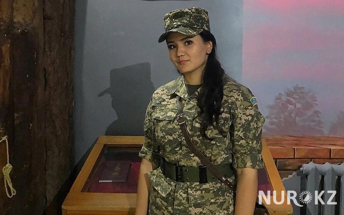 """04.08 """"Мы – ухоженные и утонченные"""": девушка-военный о женщинах на службе"""