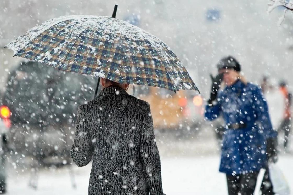 Погода на выходные: дождь и снег ожидается в регионах Казахстана
