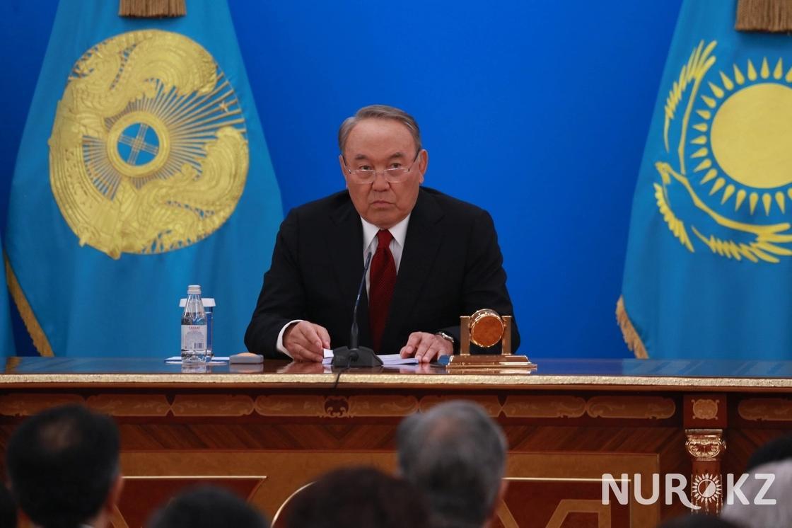 Назарбаев: Правительство и я работаем в очень тревожном режиме