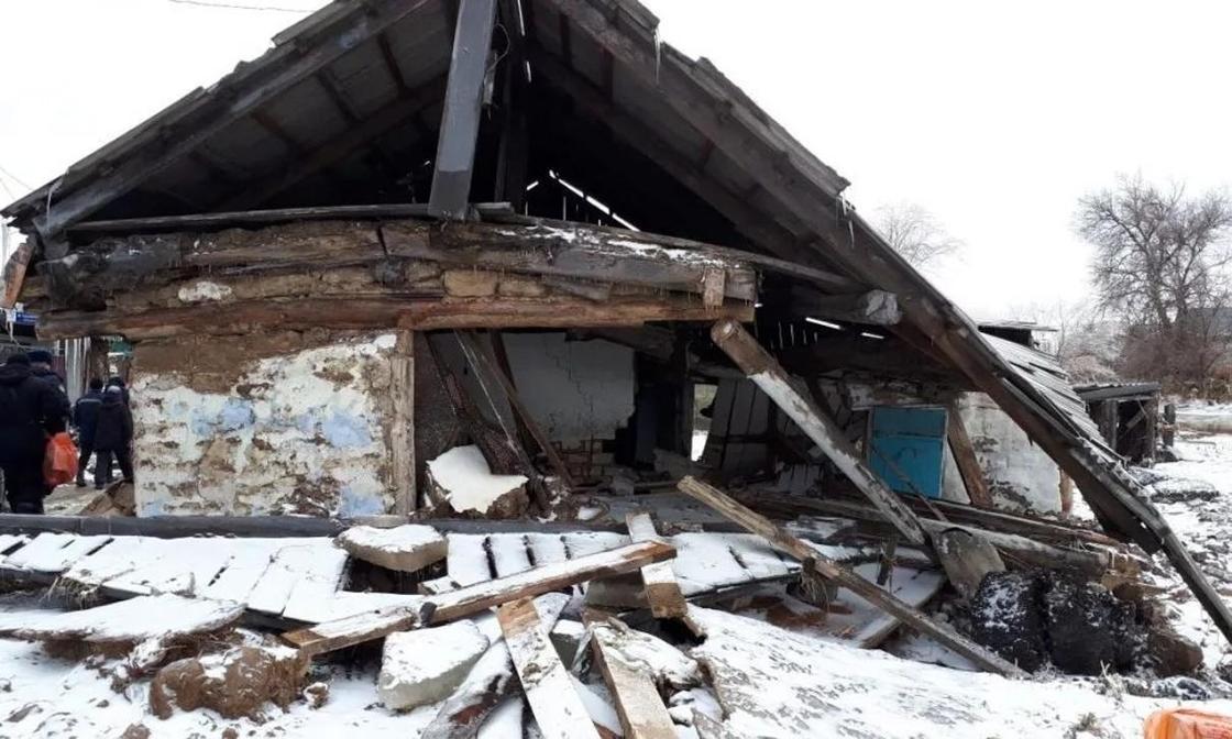 8 домов рухнули из-за паводков в ВКО