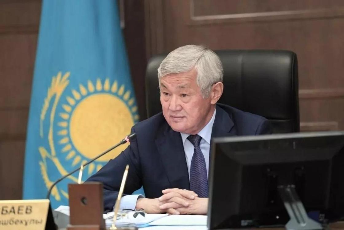 Сапарбаев поручил проверить все лифты в Актобе после смерти девушки