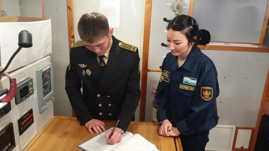 Женщины-моряки на казахстанских военных кораблях. Фото предоставлены пресс-службой МО РК