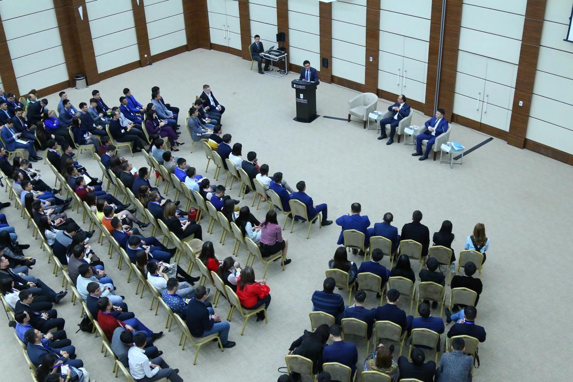 Маулен Ашимбаев: Съезд «Жас Отан» в новом формате – это символ модернизации всей партии