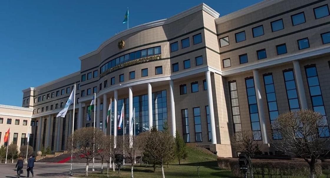 Подробности задержания «казахстанцев» в США сообщили в МИД