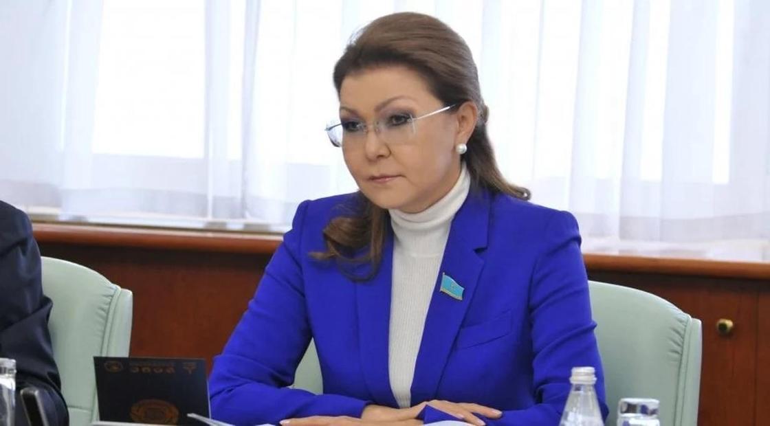 «Может реку переименовать»: Назарбаева раскритиковала чиновников из-за подтоплений