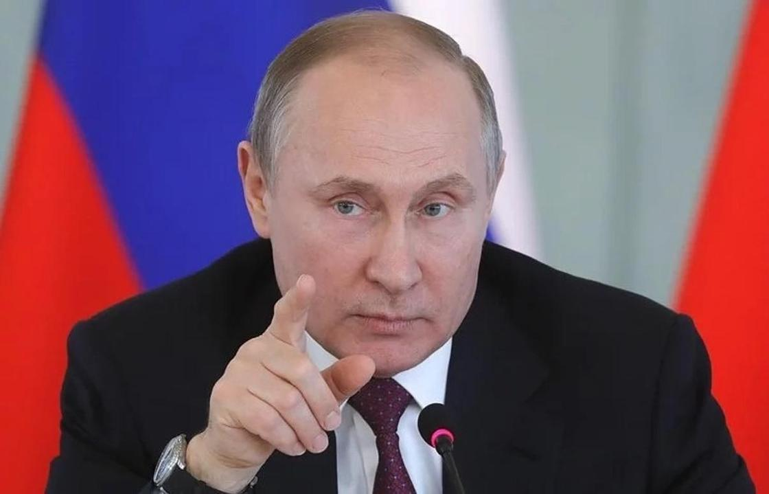 Экзитполы отдали первое место Путину, а второе - Грудинину