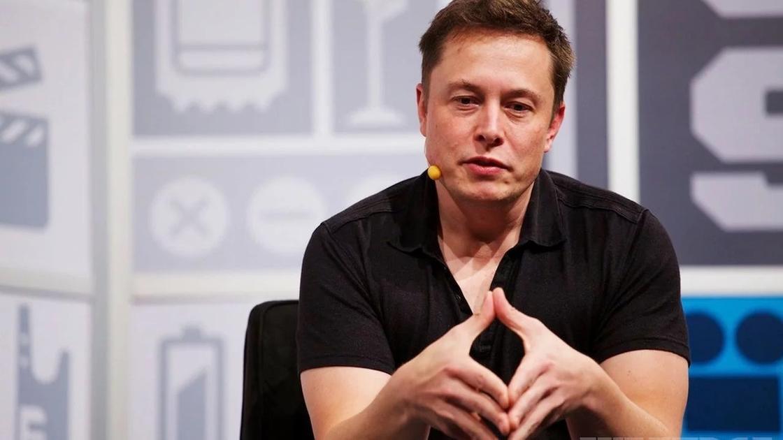 Илон Маск объявил о банкротстве Tesla