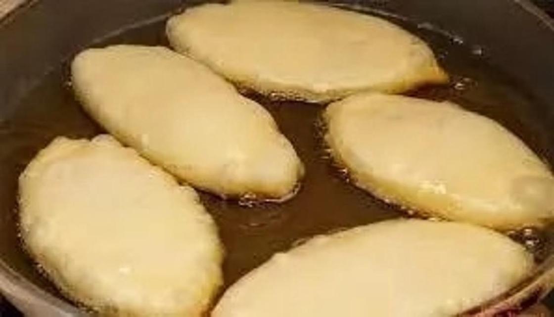 Быстрое тесто для пирожков жареных