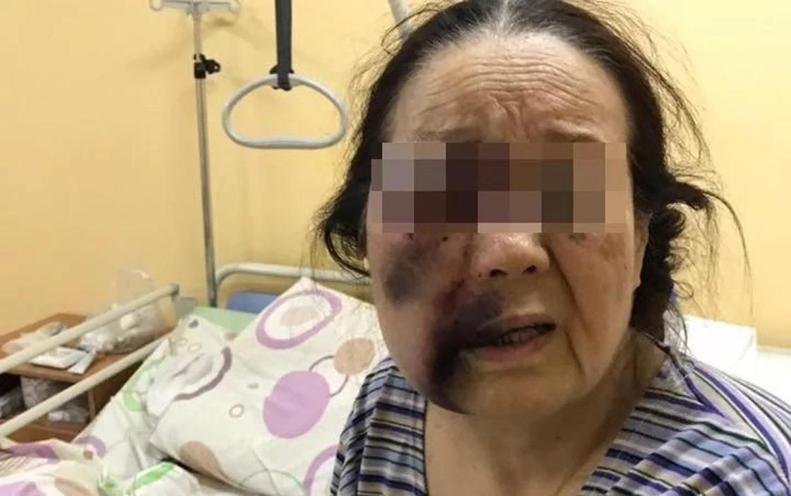Маму Асель Баяндаровой сбили на пешеходе в Алматы