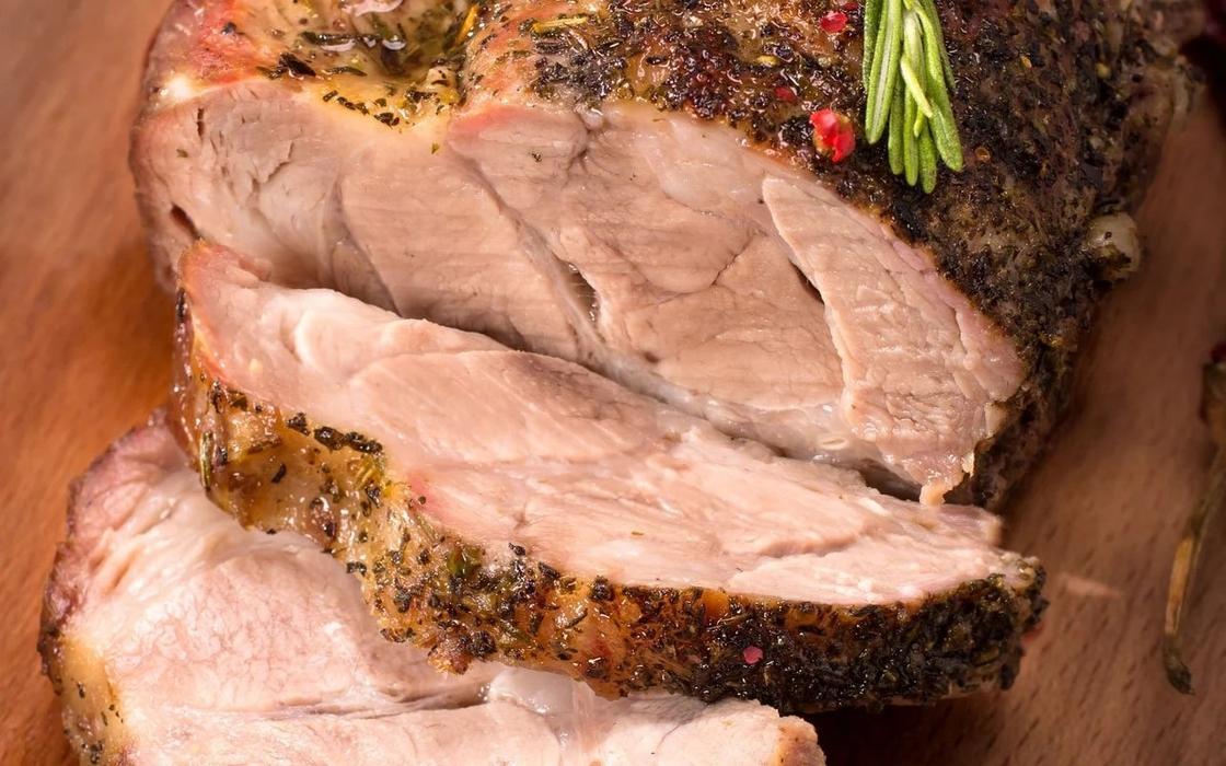 Простые блюда из мяса в духовке