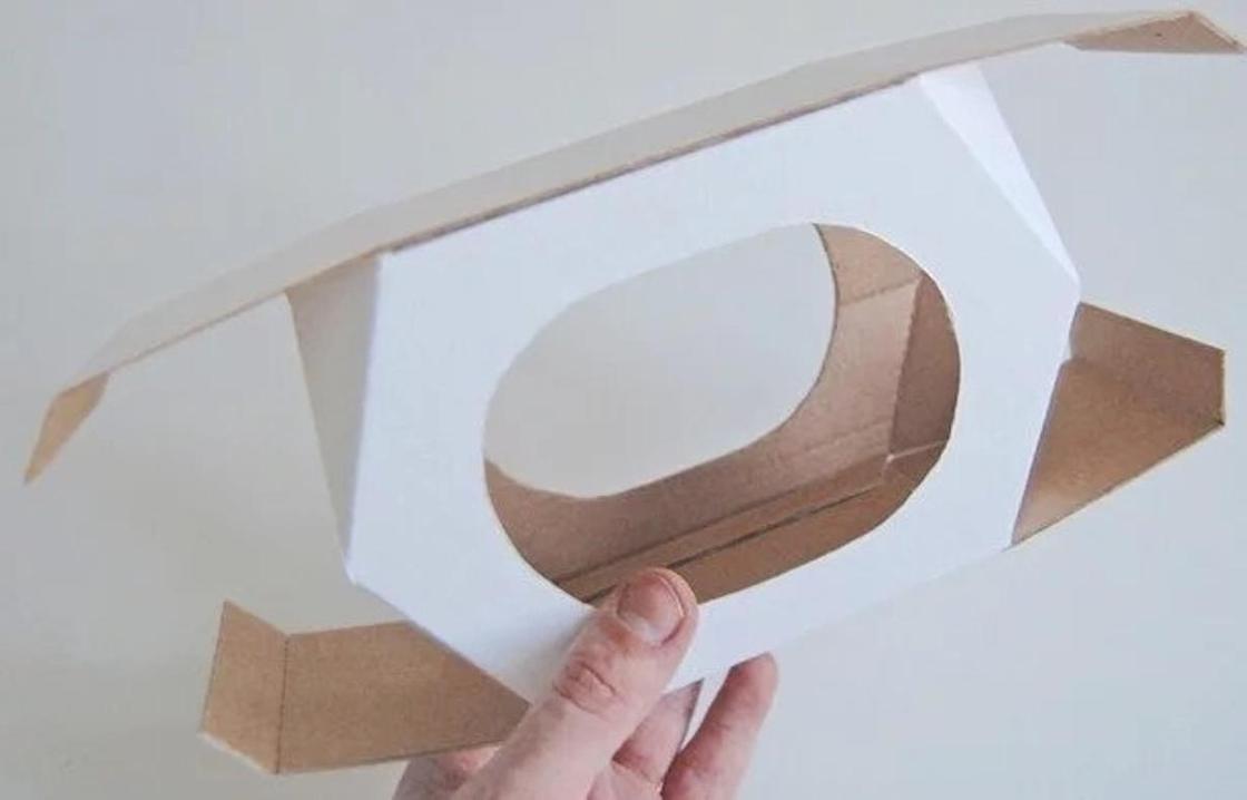 Кормушка из картона: как сделать