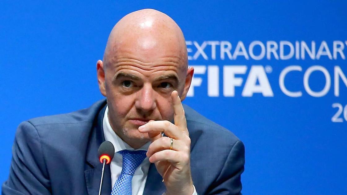 ФИФА запаниковала после призывов к бойкоту чемпионата мира в России