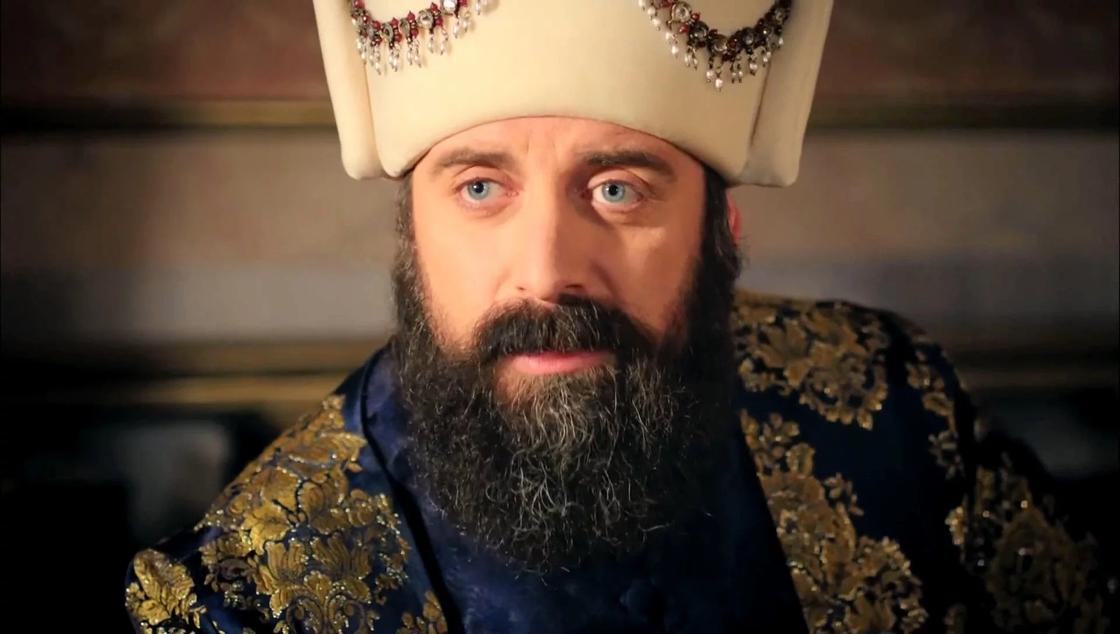 Султан Сулейман Великолепный (Халит Эргенч)