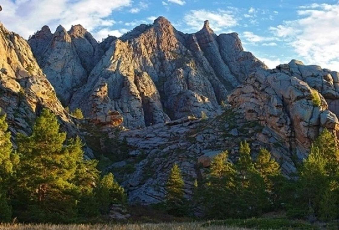 Предгорья и низкие горы Казахстана