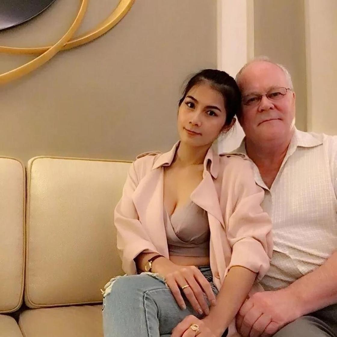 """Он не выдерживал """"такого секса"""" - порнозвезда ушла от 72-летнего миллионера"""