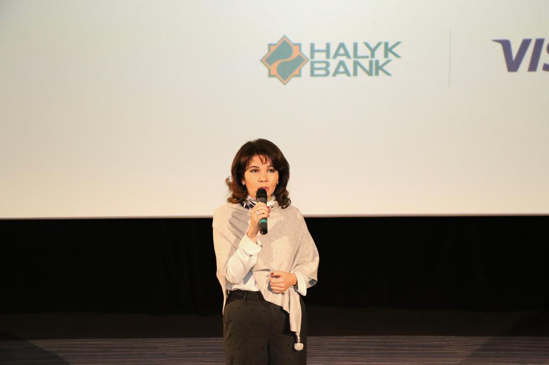 Клиенты Halyk Bank смогут расплачиваться iPhone за покупки и услуги