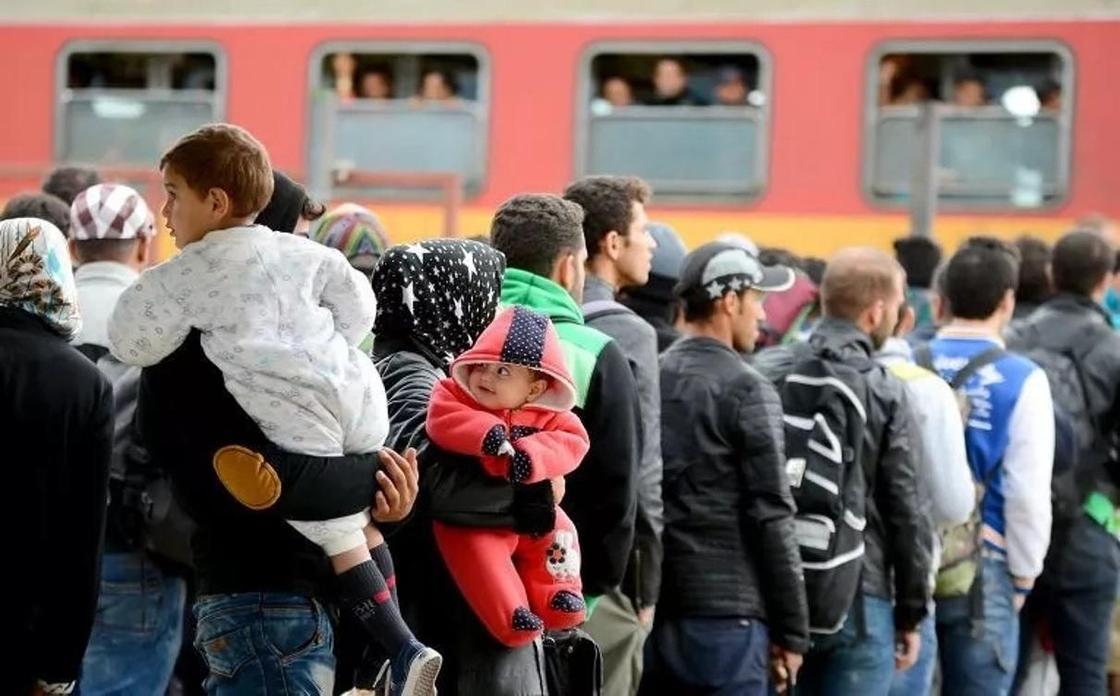 Казахстанцы массово уезжают из Новосибирска