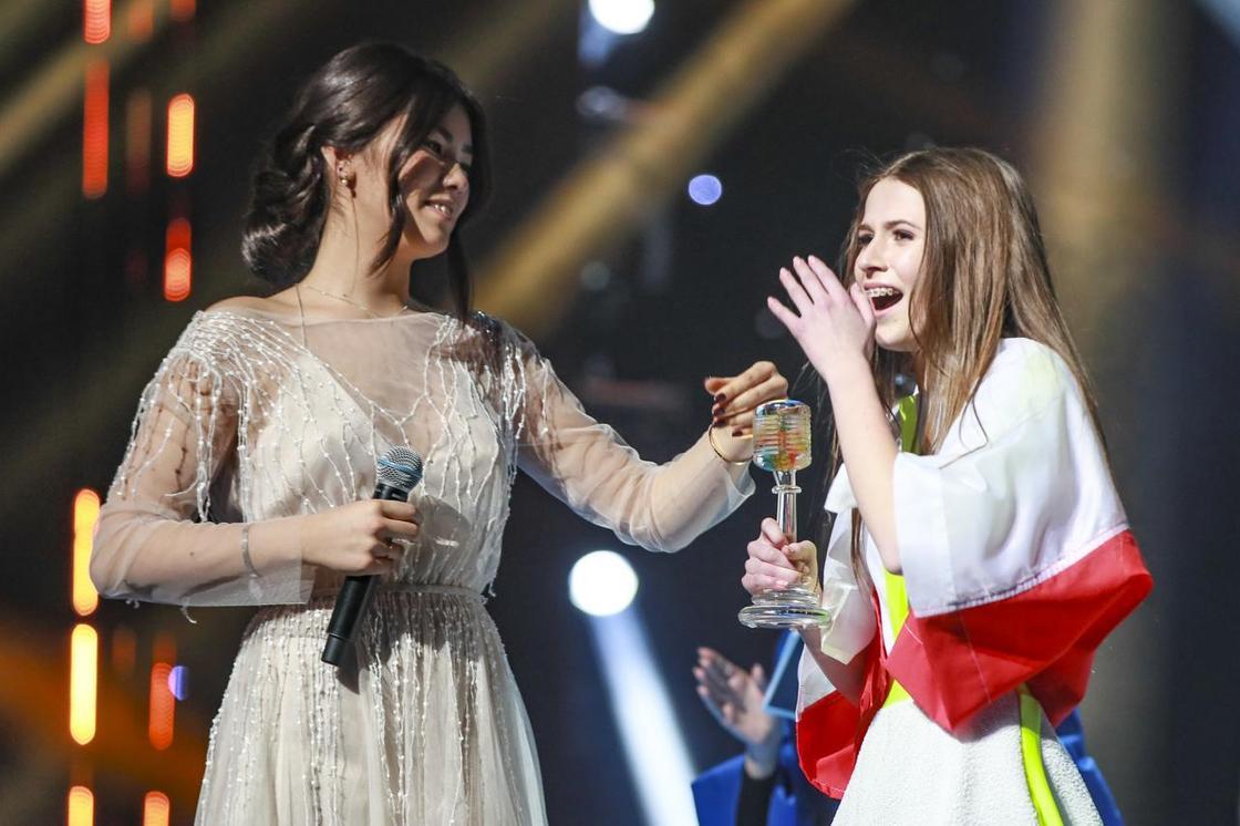 """Данэлия Тулешова заняла шестое место на """"Детском Евровидении"""" (видео)"""