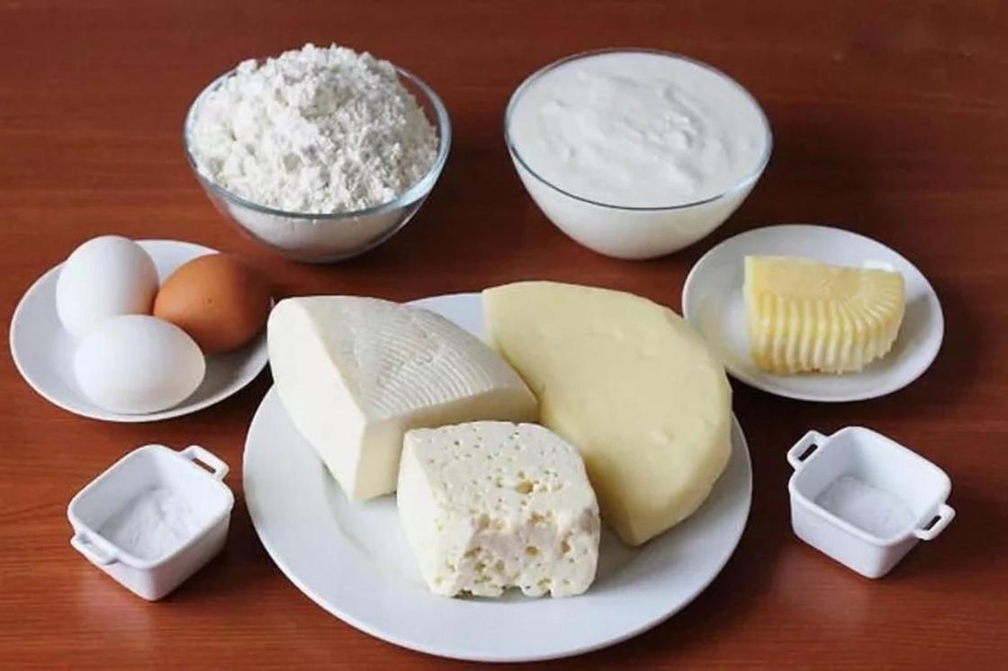 Лепешки с сыром и зеленью на кефире