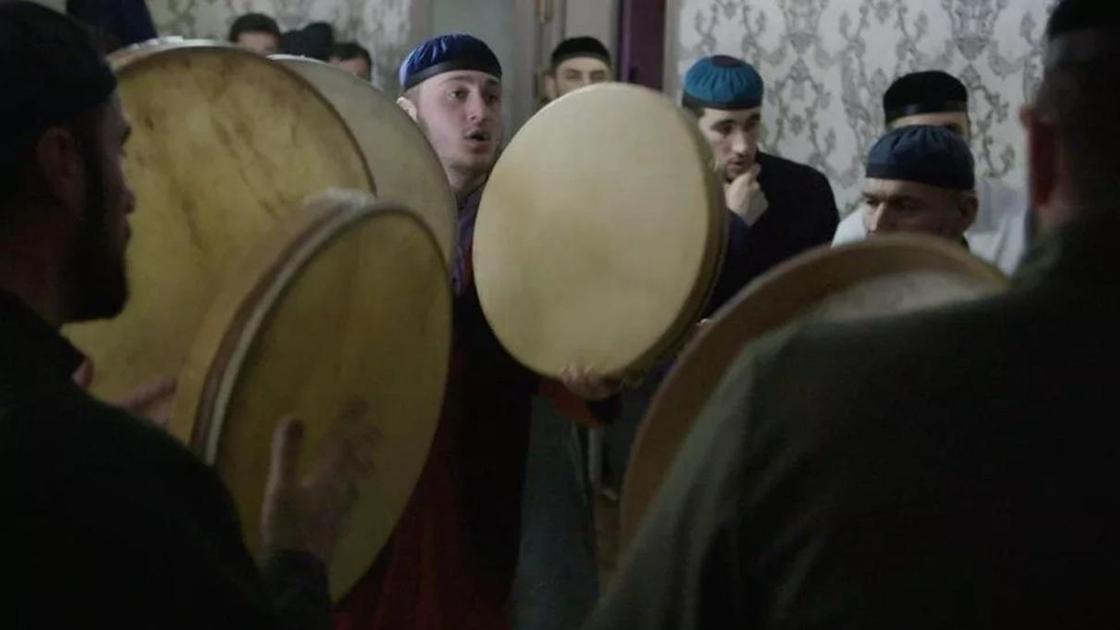 Люди зикра: как живут потомки депортированных чеченцев в Казахстане