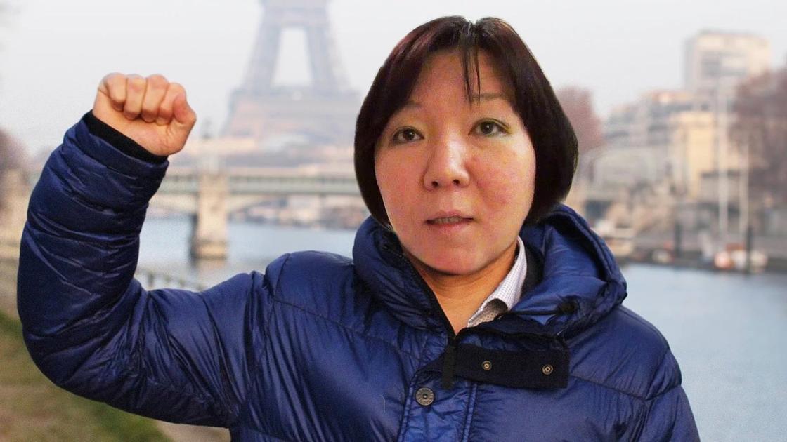 Модератор чата Жанара Ахметова осужденная за мошенничество, которая бежала в Киев, чтобы работать на Аблязова