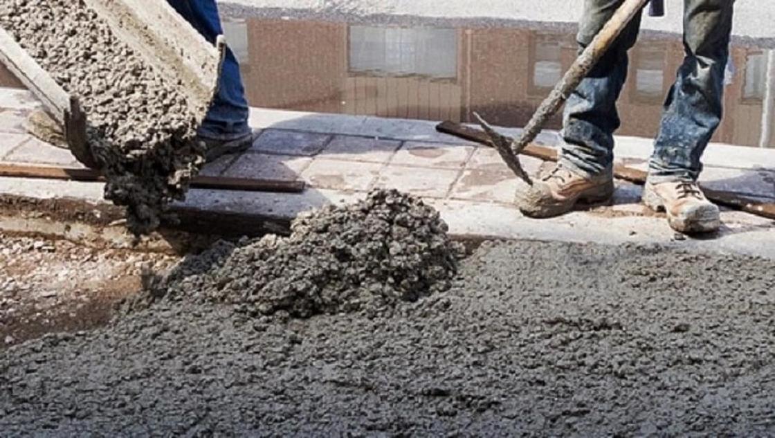 «Зарубил топором»: мужчина убил сельчанина и замуровал его в бетон в Алматинской области