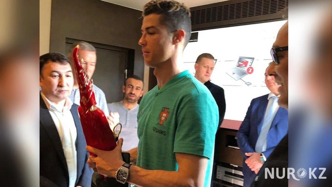 Криштиану Роналду самый титулованный футболист современности