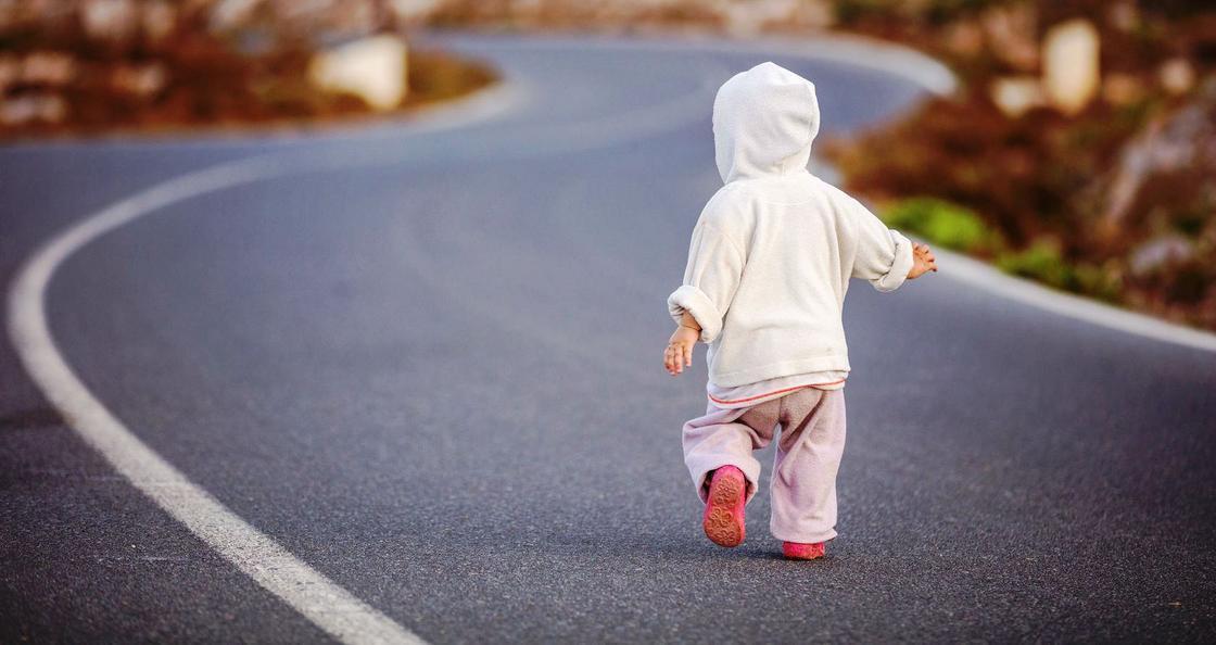 Ребенок сбежал из детсада без одежды в Астане