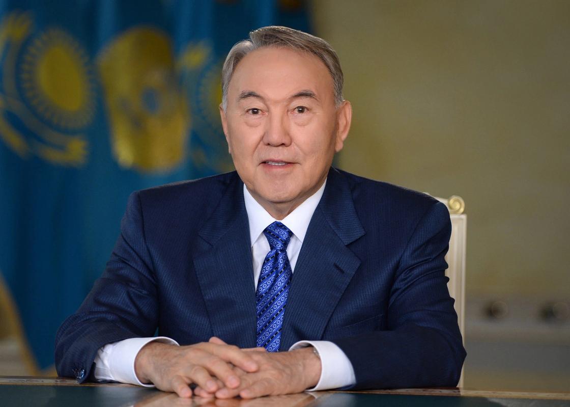 «Казахам нужна секретарша»: Назарбаев рассказал об экономии средств на госслужбе