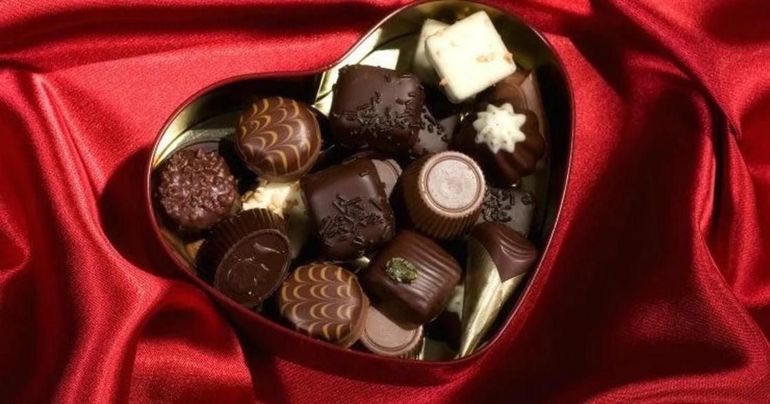 Самую дорогую в мире конфету за 3 млн тенге показали в Португалии