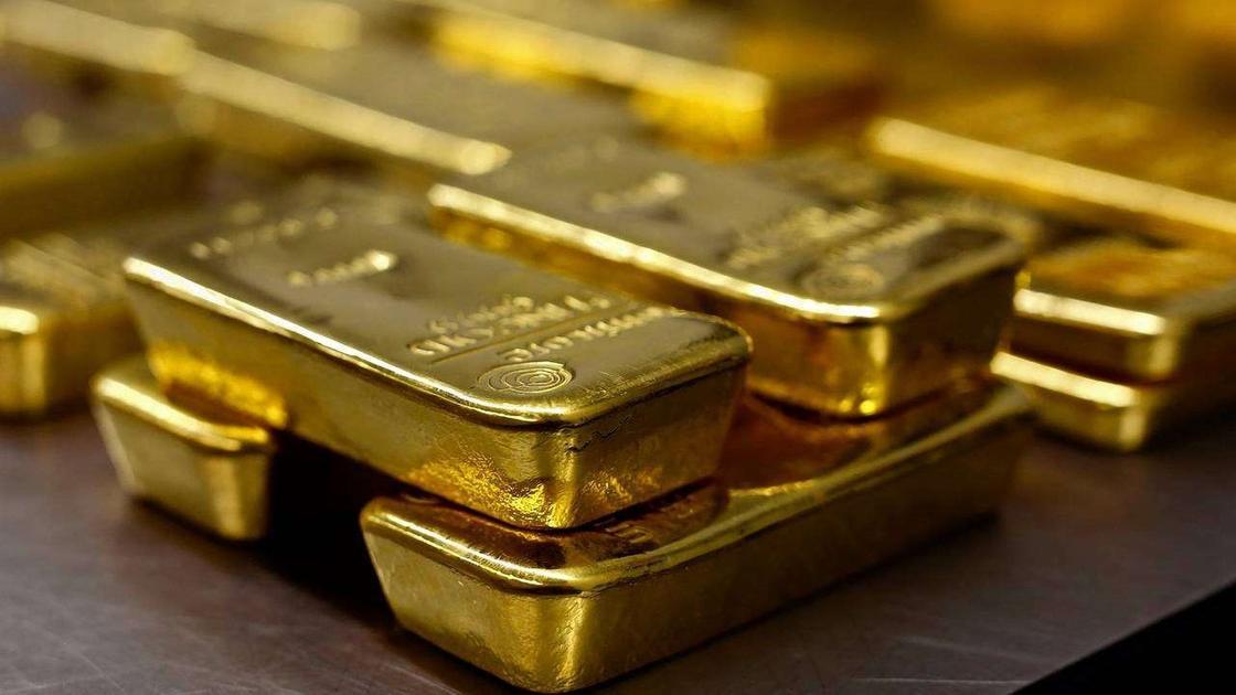 Золотые слитки начнут продавать в обменниках Казахстана