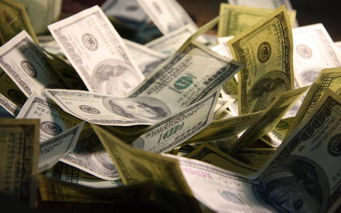 Выведенные из Казахстана 1,3 млн долларов нашли в швейцарском банке
