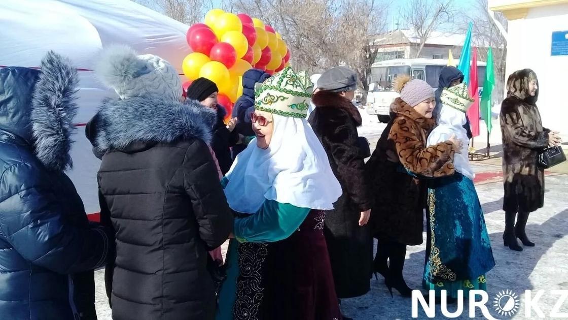 Депутаты предлагают ввести новый праздник «Приветствия»