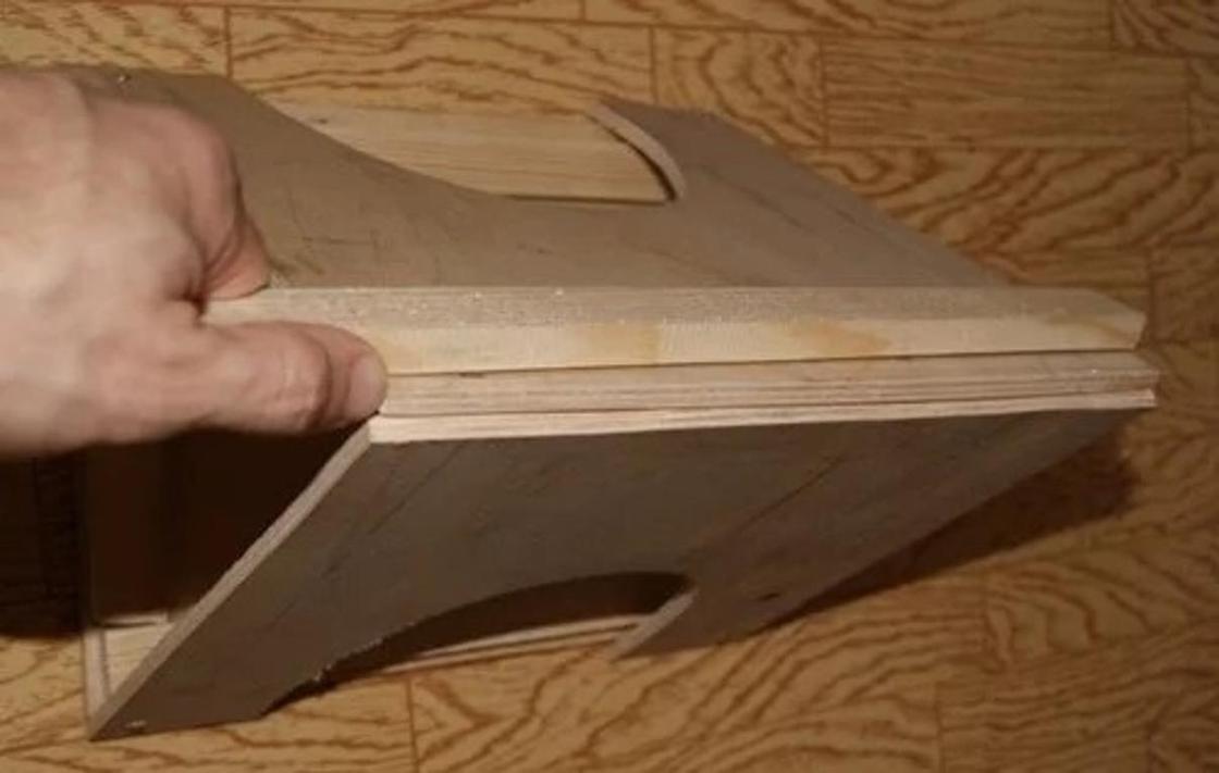 Кормушка для птиц своими руками: крепление боковых стенок