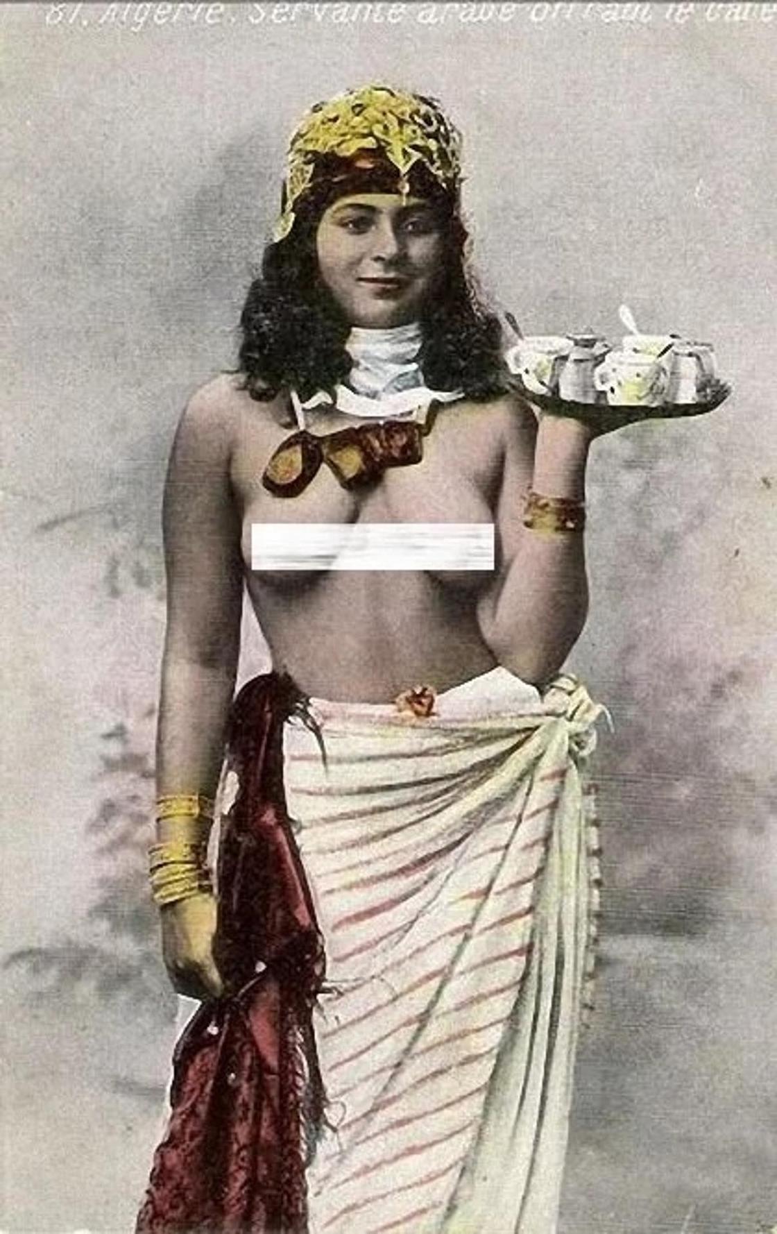 ХХ ғасырдағы араб қыздарының эротикалық суреттері жария болды