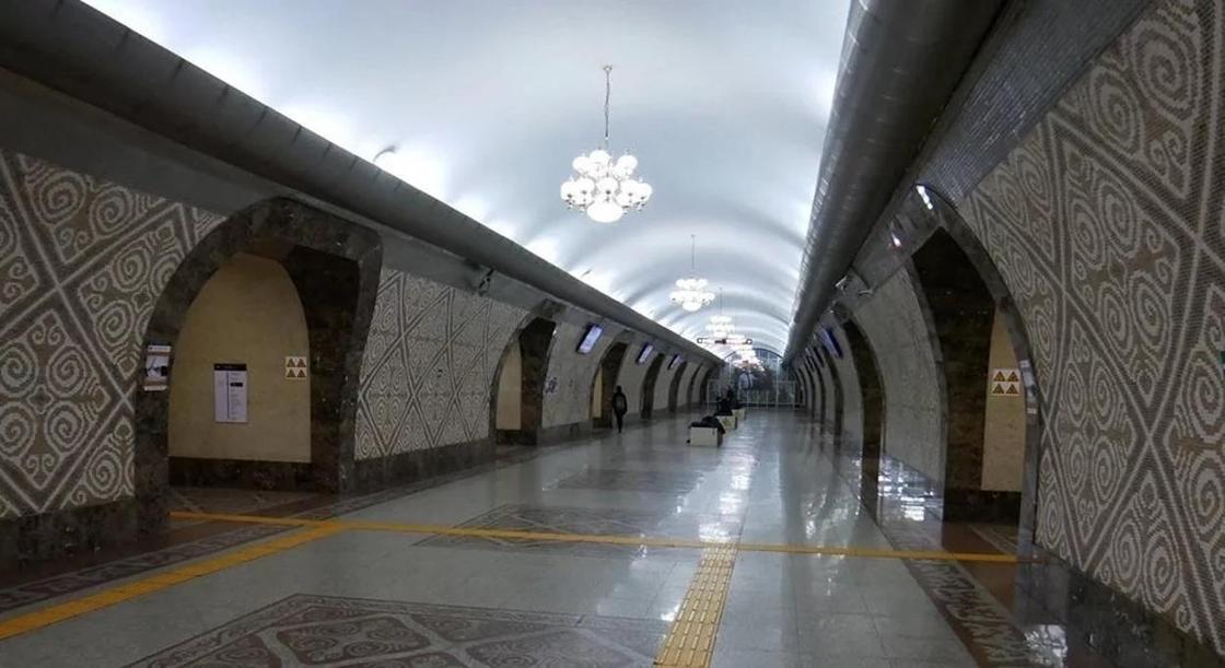 Житель Ташкента считает, что алматинское метро лучше ташкентского