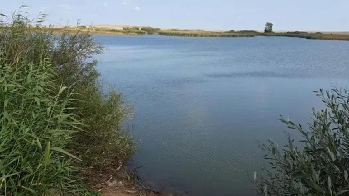 Озеро в Акмолинской области